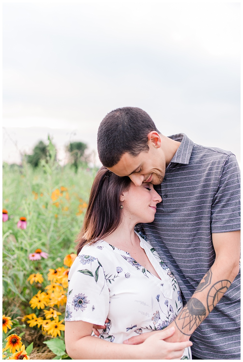 Lititz Wildflower Maternity Session_0006.jpg