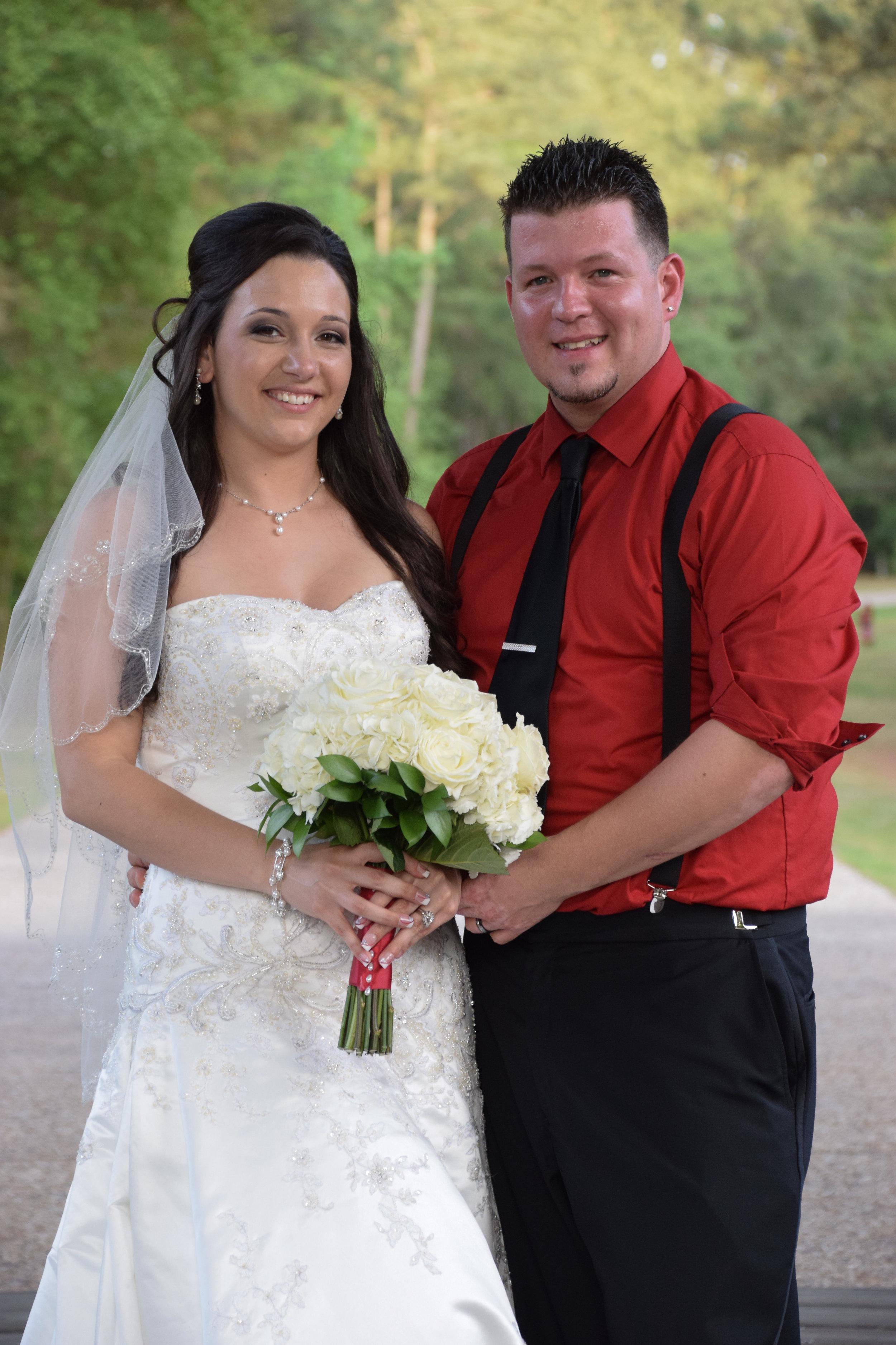 Posed wedding portrait at River Landing.