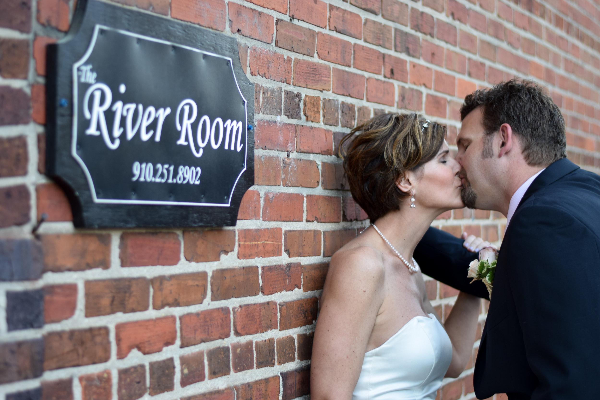 River Room Kiss.
