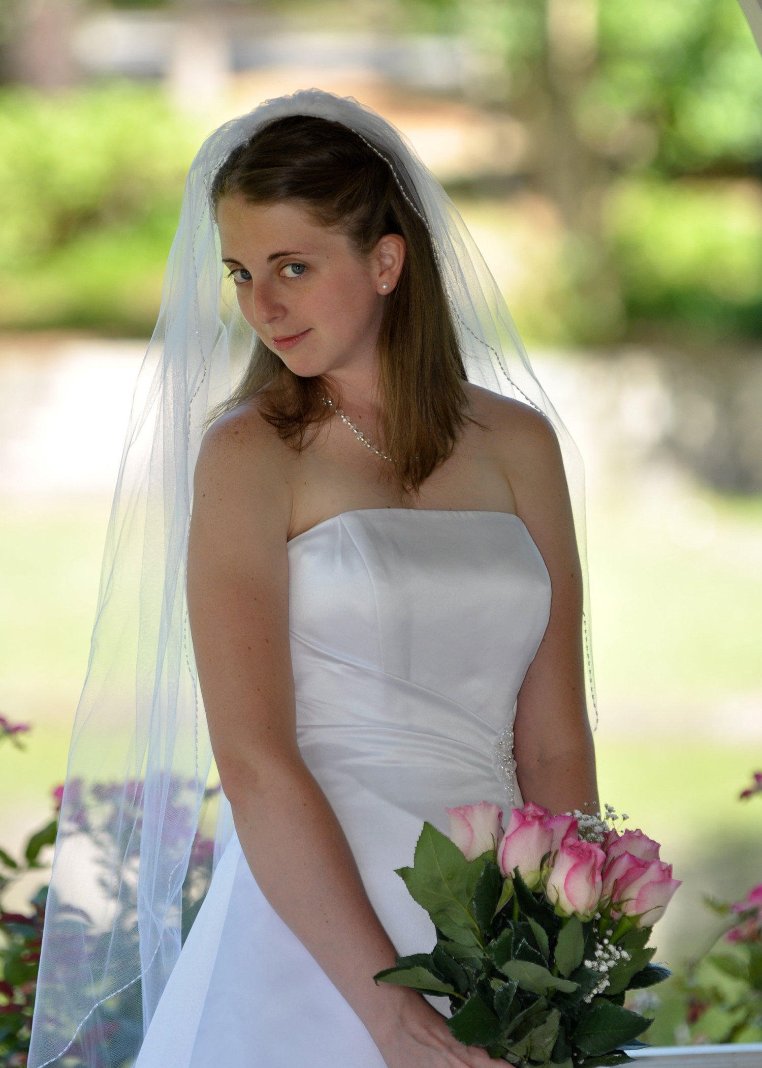 Bridal portrait at Hugh McRae Park in Wilmington, NC.