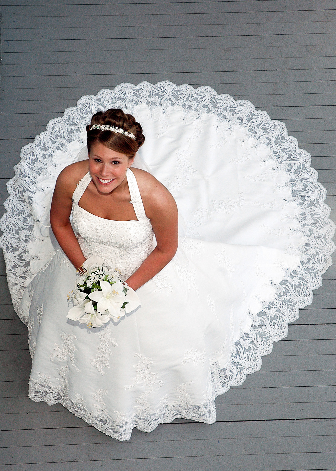 Bridal portrait at the Bellamy Mansion in Wilmington, NC.