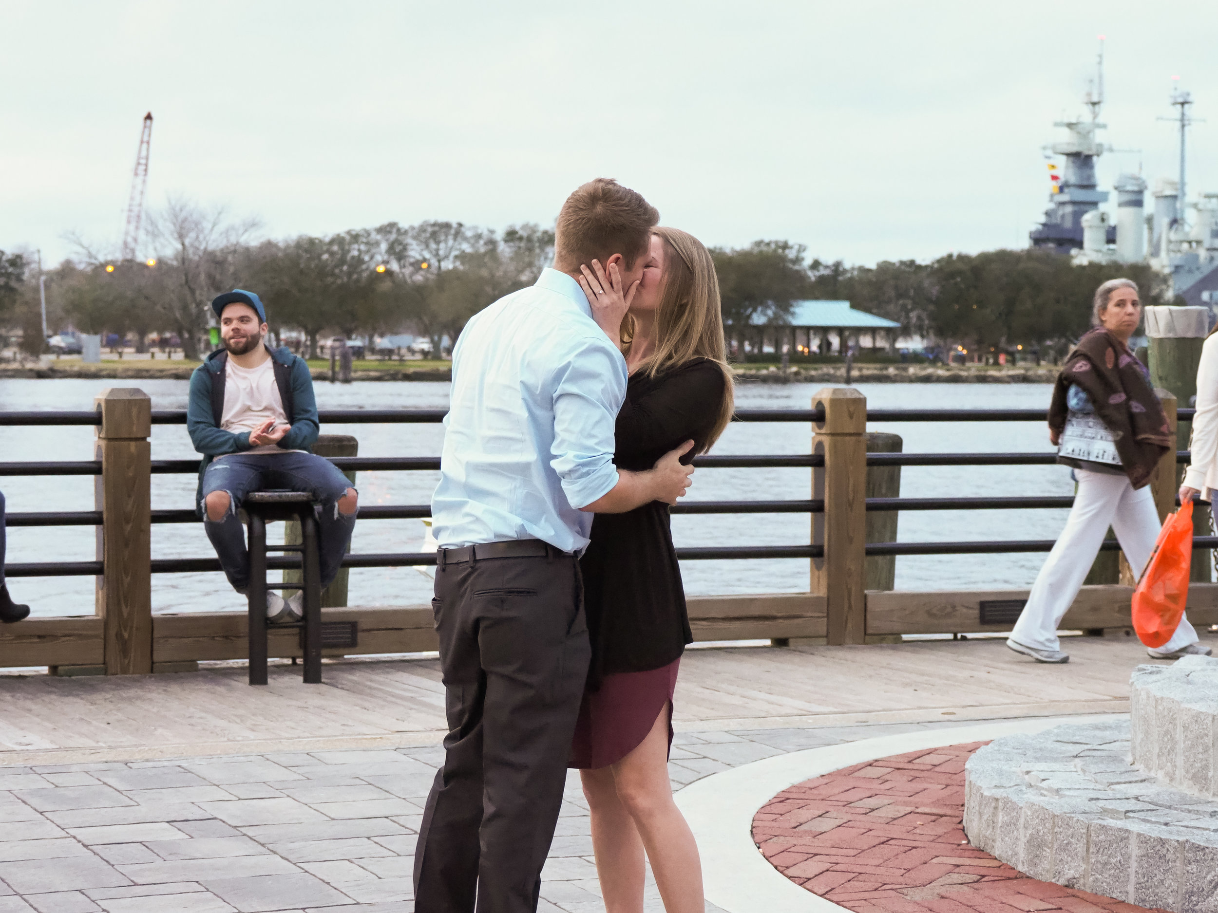 Kiss - A kiss. Wilmington, NC Riverwalk.