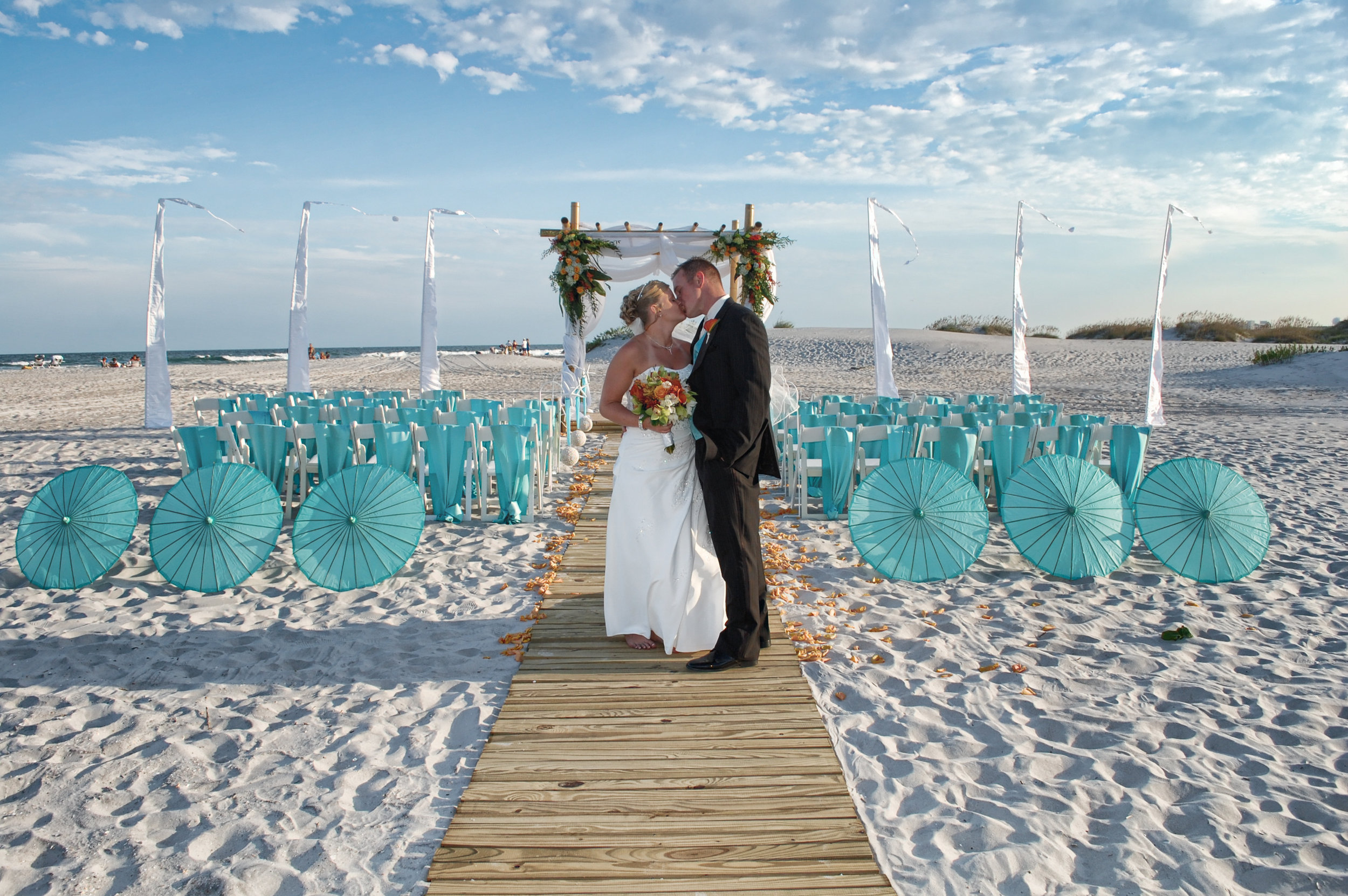 - Wrightsville Beach, NC Wedding. Billy Beach Photography. Set up by Beachside Occasions.