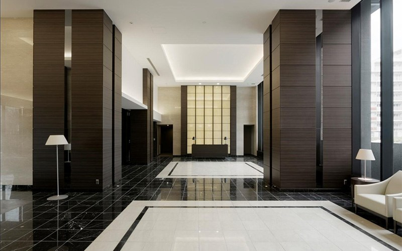 - Commercial, institutional and residential settings can all realize the enduring benefits and cost savings associated with vinyl architectural finishes.  Vinyl refinishing offers the benefits of minimal downtime, simplicity, and speed of implementation compared to traditional refurbishment techniques, as well as an ability to adhere to a wide variety of surfaces.