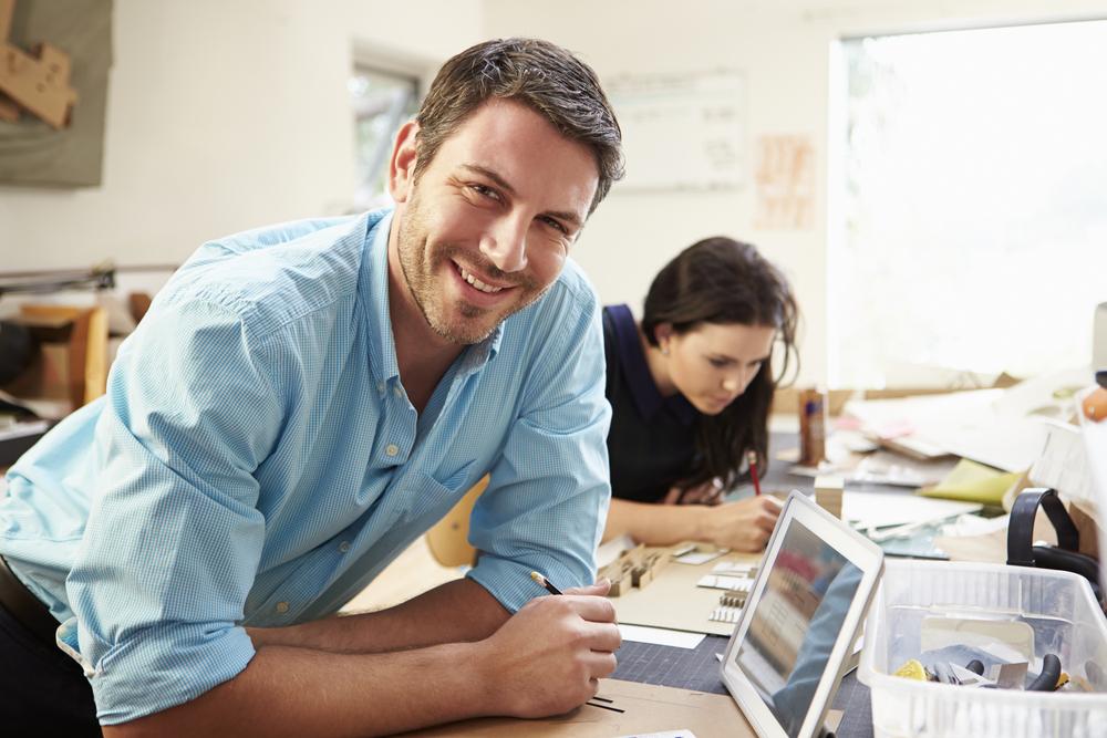 online-business-australia-man-teaching-digital-marketing-workshop.jpg