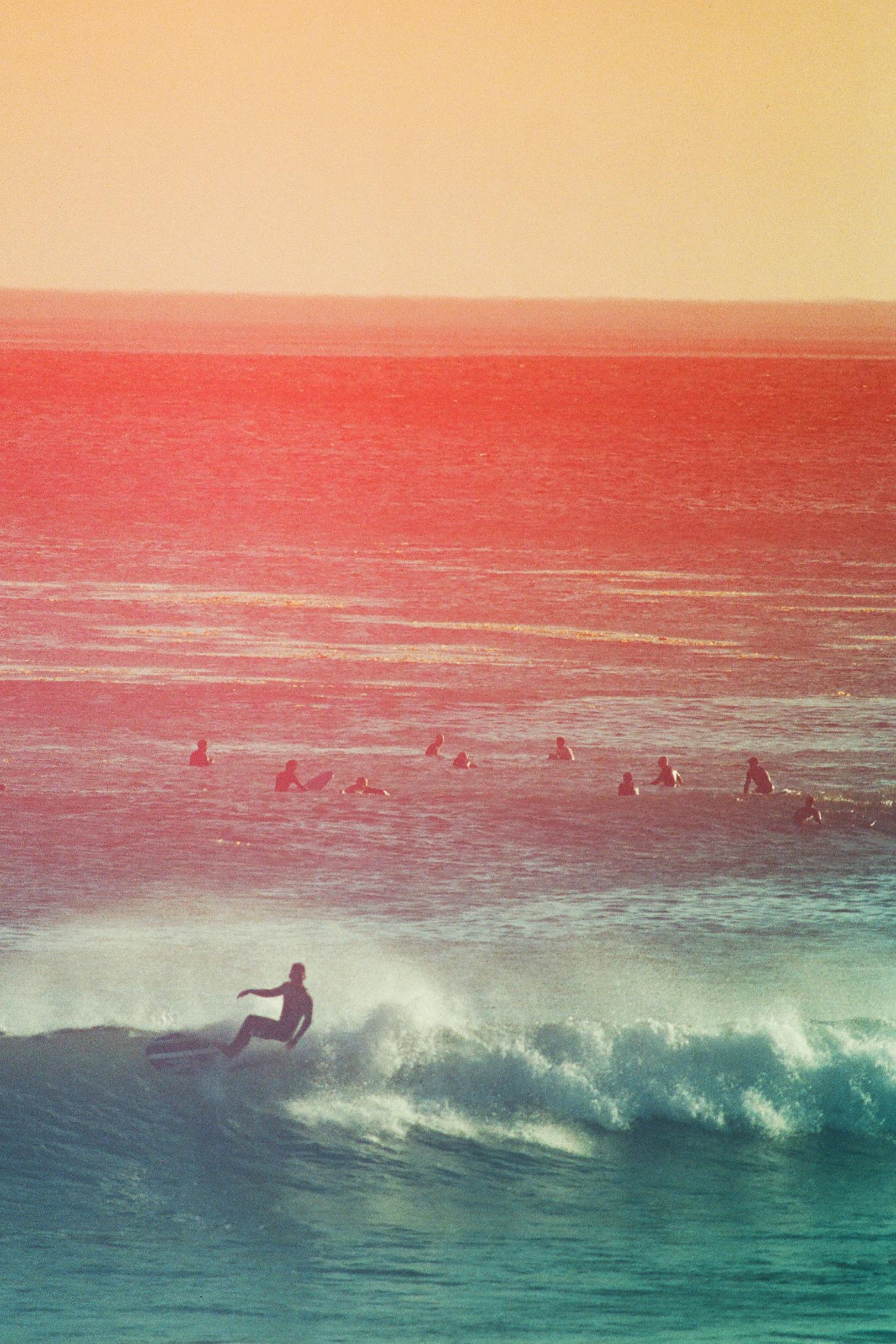 Leo single surfer  orange and red_00028.jpg