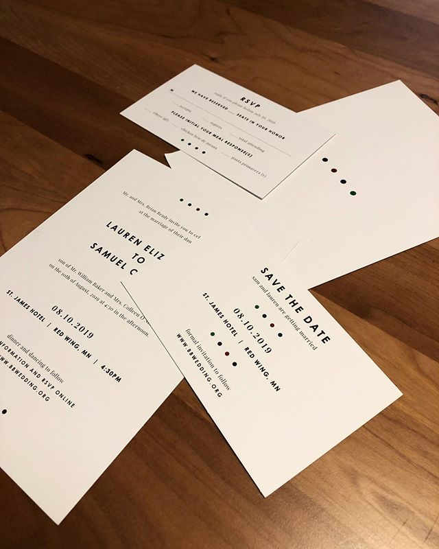 It's wedding week! We had so much fun working with minimal design and pops of rich color 🌈 • • #branddesign #weddingweek #weddingstationery #weddingstationerydesign #smallbusiness #stjameshotelrw #design #minimalism