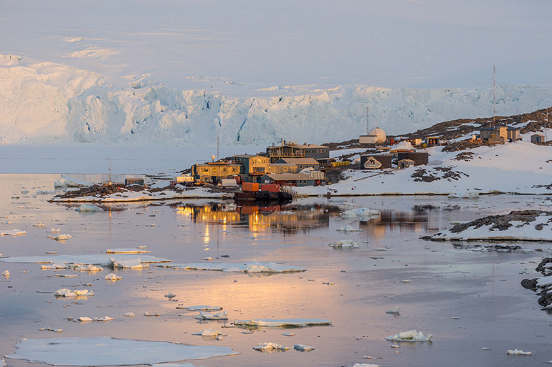 Palmer U.S. Research Station. Anvers Island, Antarctica