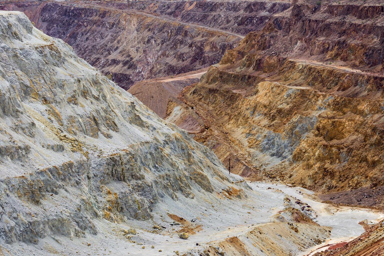 Lavender Pit Mine, Bisbee AZ. Study #10 (31,26.3482N 109,54.7069W)