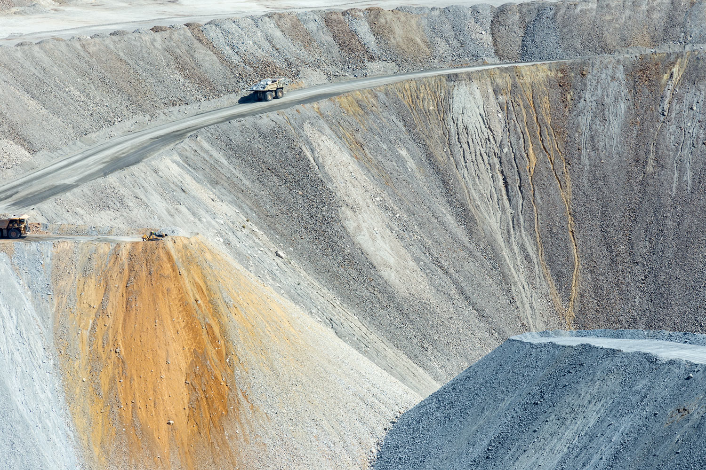 Asarco Pit Mine. Green Valley, AZ. Study #5 (31,58.4538N 111,4.1044W)