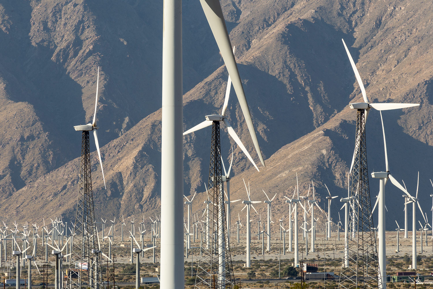 San Gorgonio Pass Wind Farm. Palm Springs, CA. Study #2 (33,55.4714N 116,33.1250W)