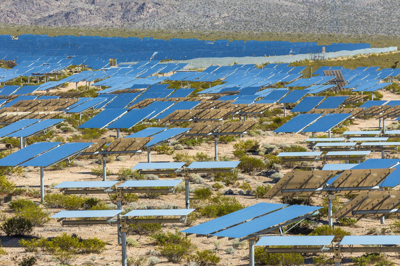 Ivanpah Thermal Solar Plant, CA. Study #8 (35,34.3183N 115,28.0179W)