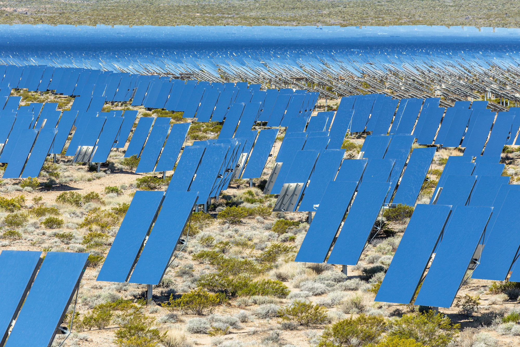 Ivanpah Thermal Solar Plant, CA. Study #17 (35,34.1675N 115,28.0135W)
