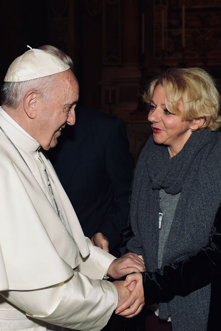 praying-with-pope-francis_v17_445x667.jpg