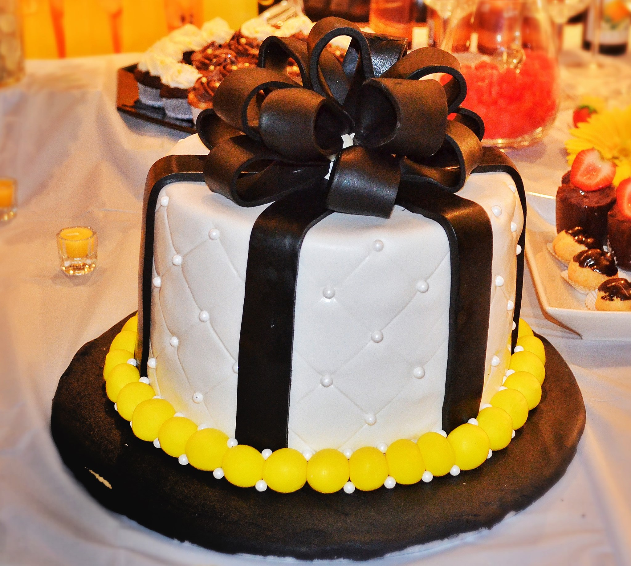 Girl Birthday Cake 30.jpg