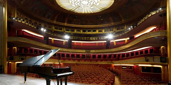 Theatre-des-Champs-Elysees.jpg