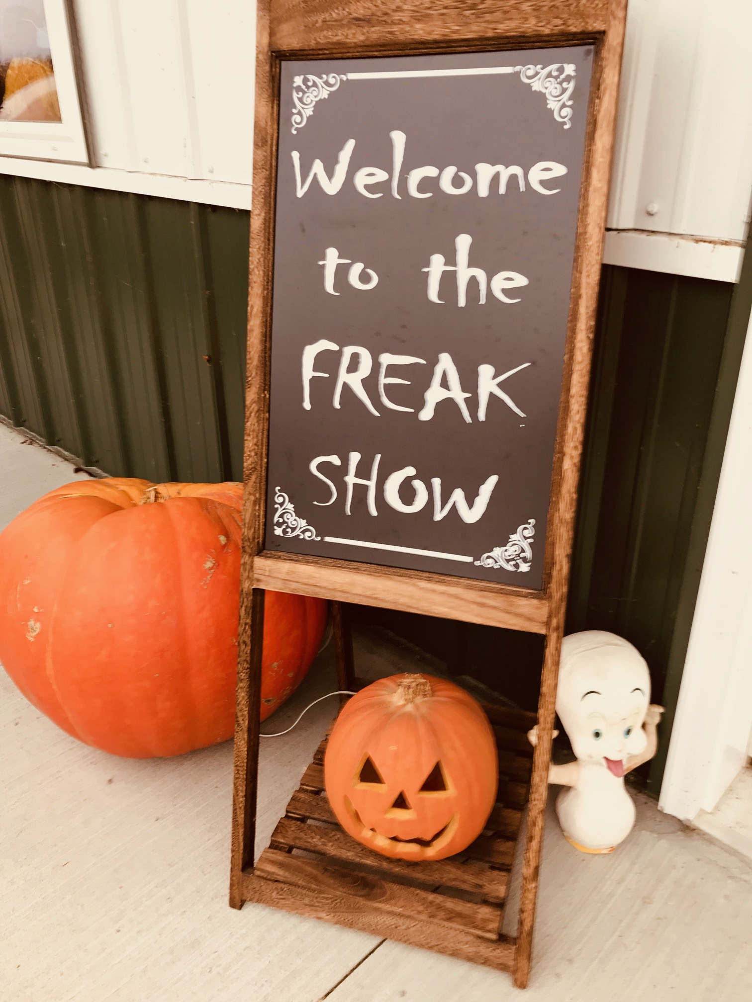 Theme for the Collier's Annual Halloween Bash 2017