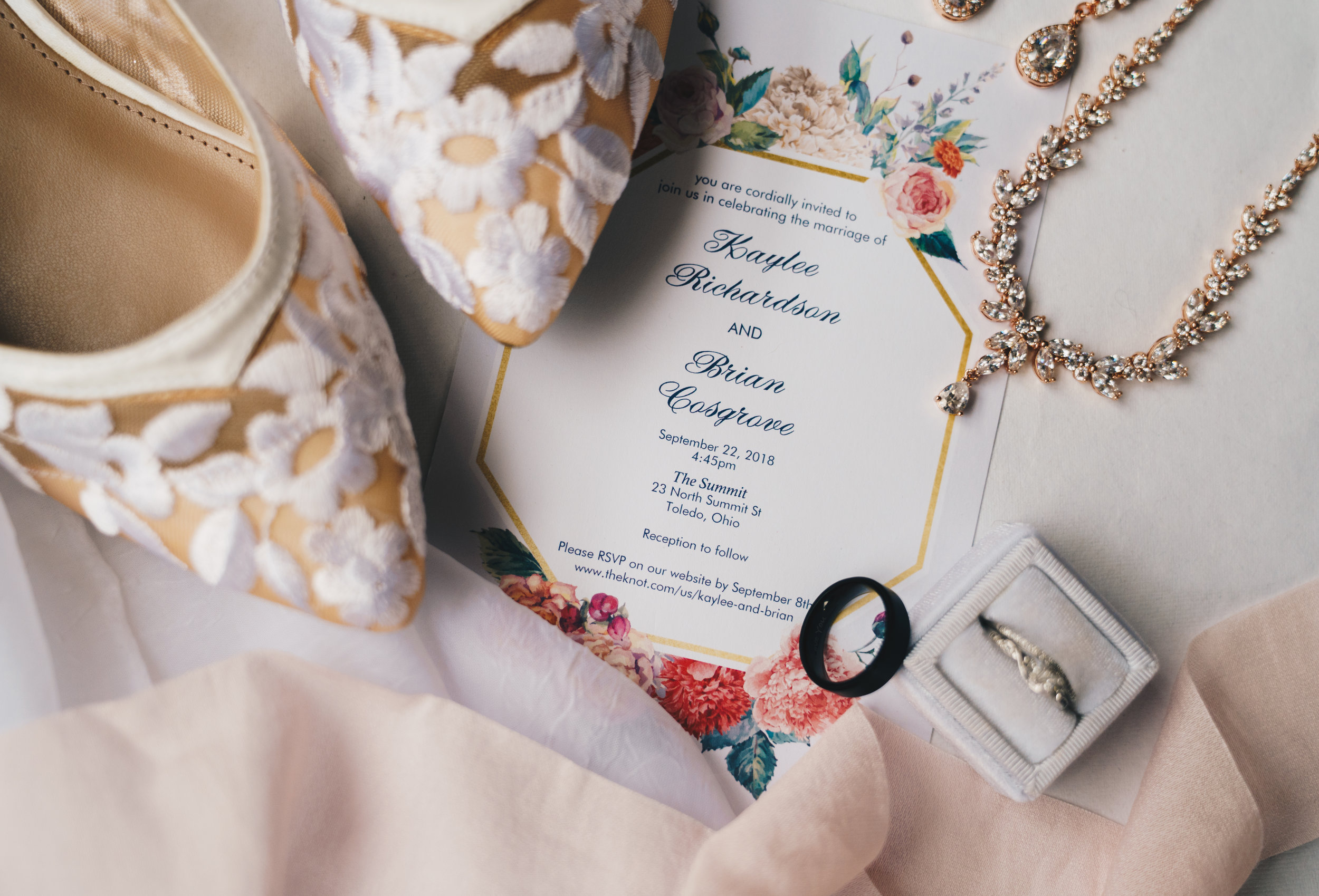 Nashville Wedding Photographer- T&T Styling Kit