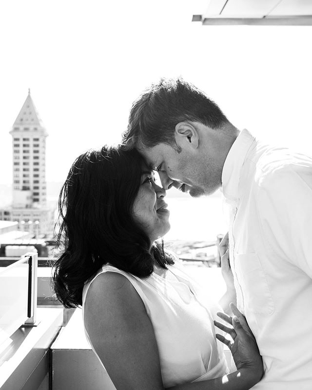 """Do we prefer B&W or color around here? Also, does it elevate my brand to write colour? What are some other bougie ways to communicate """"you're buying a premium quality service!"""" . . . . . #seattleweddingphotographer #seattlecourthousewedding #pioneersquareseattle #thesmithtower #blackandwhitephotography #color #colour #brandidentityquestions #brandidentitydesign #radcouples #happyfridayfolks"""