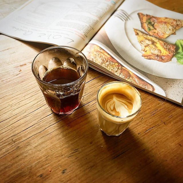 What's ya poison... . . #goodmorning ☕️#blackandwhite #filtercoffee #latte #dangerbirdcoffee #v60 #pourovercoffee