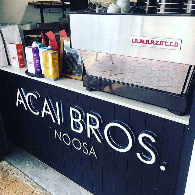 Get ya self properly caffeinated! @acaibrothersnoosa . . . . . #lamarzocco #acaibrothers_noosa #dangerbirdcoffee #specialtycoffee #acaibrothers #noosacoffee #cafe #goodmorning #healthyfood