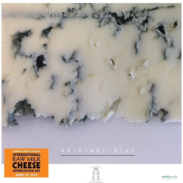 Point Reyes Farmstead uses raw cow's milk in one of their most popular cheeses, appropriately named, Original Blue.  Lovvvve the creamy and pronounced flavors in this delicious, American raw milk Blue cheese.  In cheese world, tomorrow is the Oldways Cheese Coalition's, International Raw Milk Cheese Appreciation Day. We'll have lots of raw milk cheeses to choose from at Saturday's @littleitalymercato  This weekend, Smallgoods market stands are at:  Saturday: @littleitalymercato . Sunday:  @hillcrestfarmersmkt . @oldwayscheese  #rawmilkcheese #rawcheeseday #rawmilk #bluecheese #smallgoods #realamericancheese #epicuriousclub #shoplocal #americanfarmers #dairy #yelpsandiego #americancheese #cheese #sandiegocheese #americancheeseclub #cheeseclub #ilovecheese #ediblesandiego #sdfoodie #culturecheese #eatersd #smallgoods_  #cheesecheesecheese