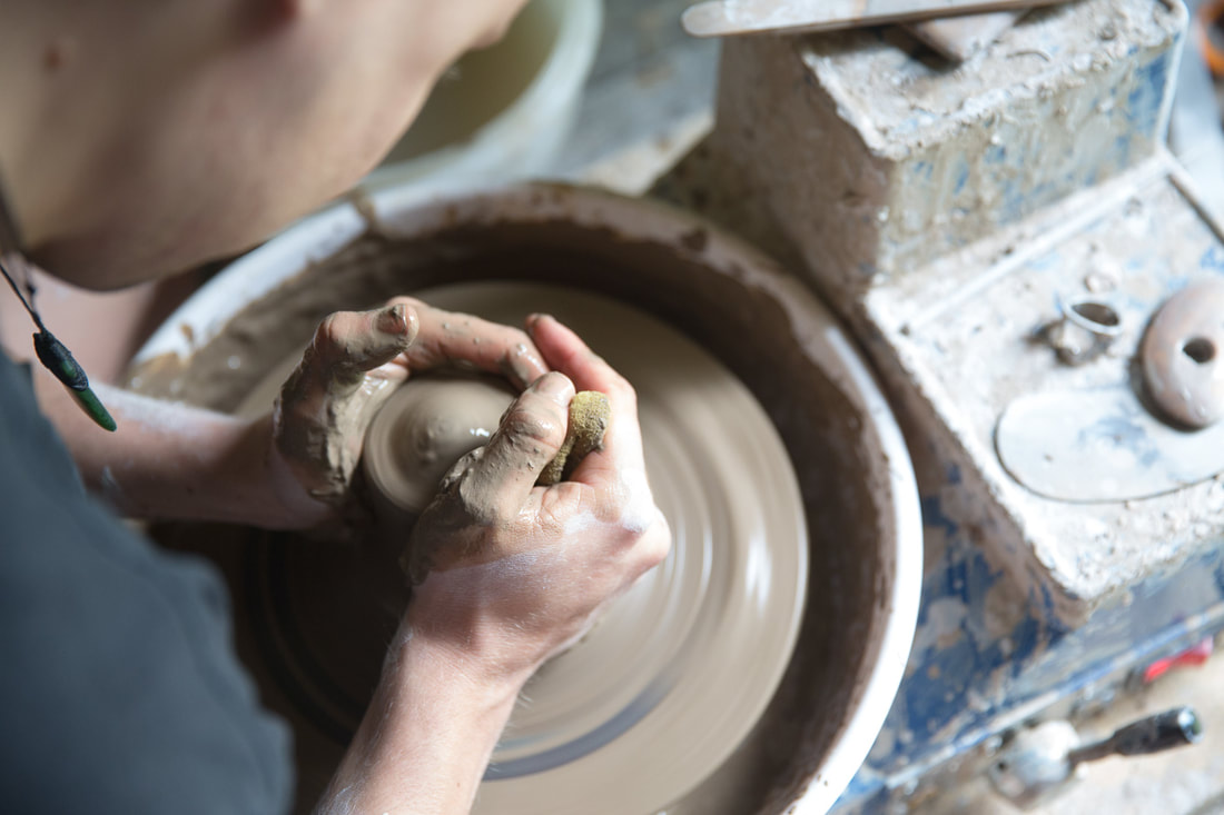 Laura-Tuck-Tide-Studio-Copywriting-ora-magazine-oka-pottery-tauranga