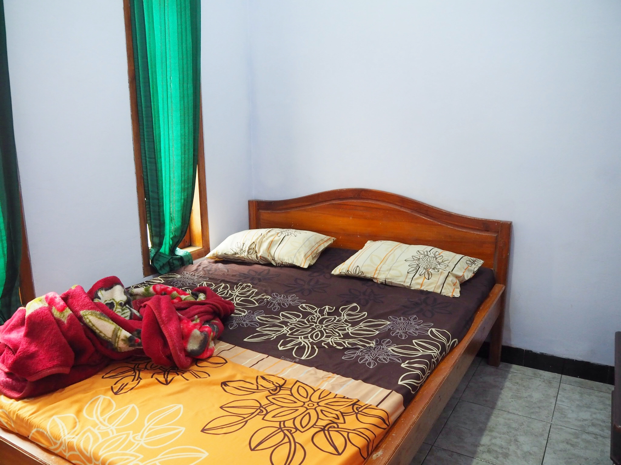 Hmmm…not much floor space in our little room in Probolinggo, Java.