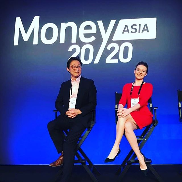 @sarakoslinska and @limkaming back on stage at @money20_20. 🤞for the voting 🤞 #money2020asia #money2020 #pitching #competition #fintech #startup #startuplife