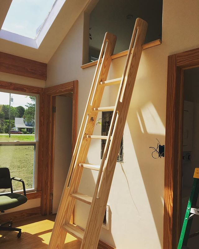 This beautiful ships ladder leading to the gigantic 12'x12' loft in our recent bayside cottage turned out great! It features a built-in wooden hook for easy removal and storage in the loft. #woodworking #tinyhouse #hideaway