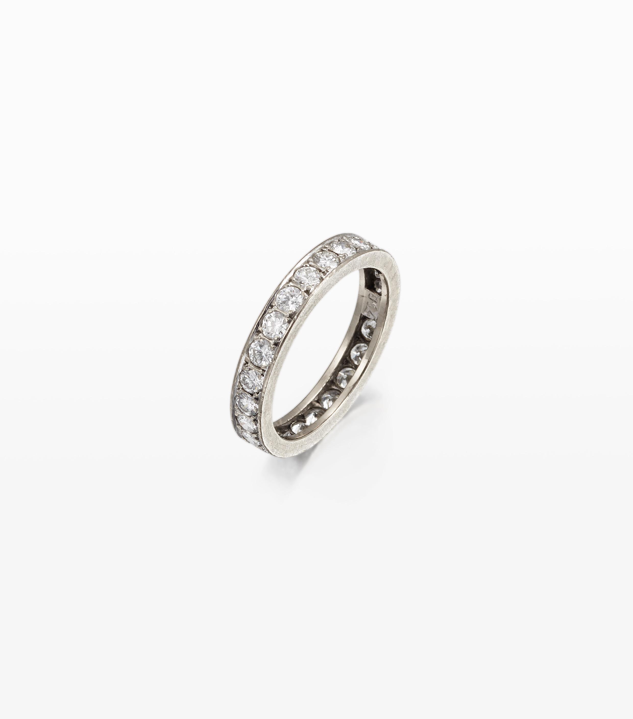 An Art deco diamond eternity ring -