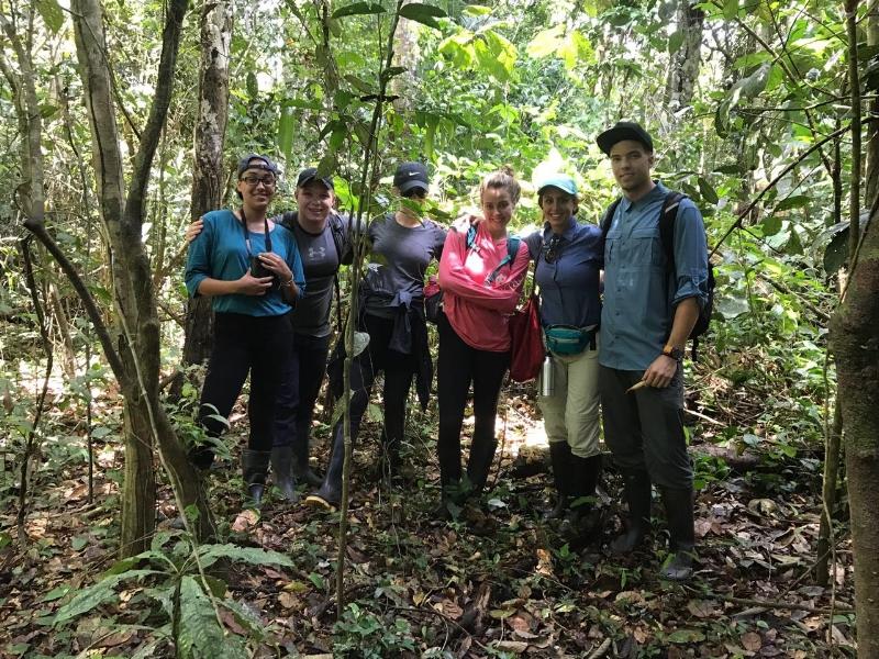 Jungle survival class in Peru