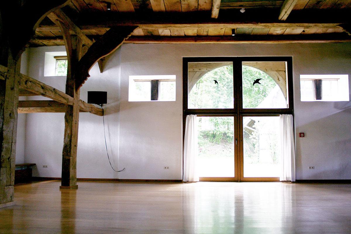 seminarhaus-hof-laig-seminarraum-2-min.jpg