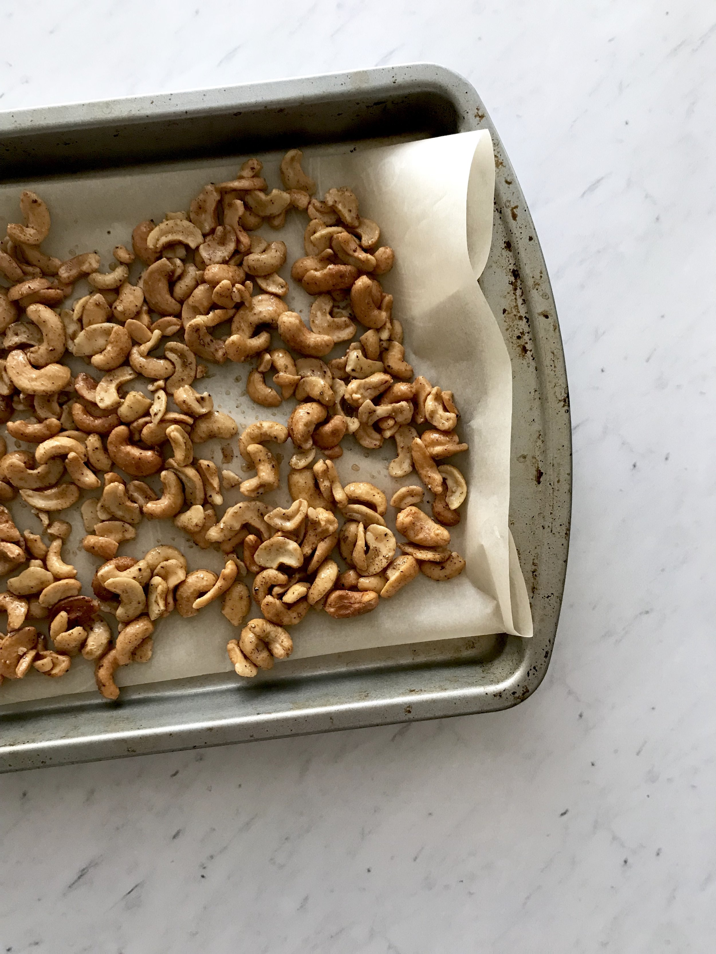 Spicy Candied Cashews