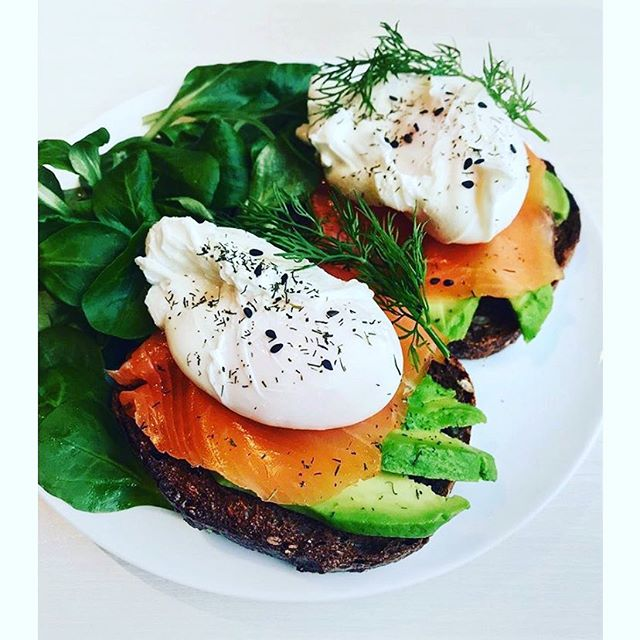 Breakfast 🍳 🍳 . Enjoy a Healthy and Nutritious start to the day with poached eggs on rye toast, avocado and salmon. . Packed with protein and it tastes delicious! . . . 📷 @wernou . . . #Wellness #Meditation #Run #Yoga #Fitness #Nutrition #Movement #EmotionalWellness #MentalHealth #Mindfulness #Mindful #Eggs #Exercise #EmotionalWellbeing #Healthy #Fitspiration #Motivation #TheWellnessMovement #WellnessInLondon #NutritionWorkshop #GutHealth #WellAtWork #WellnessInMotion #Breakfast #ProteinHit #MindfulMoment