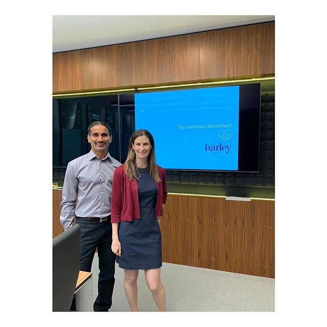 Digital Detox Workshop 📲 . Yesterday founders of The Wellness Movement, Sha Hussain and Harley Therapy, Dr Sheri Jacobson teamed up to present a Digital Detox Workshop to staff at Man Group, the third largest hedge fund globally. . In a world where mobile technology is playing more of a role in our everyday lives, both professionally and personally it can sometimes be difficult to ensure the use of our devices is enhancing our lives rather than leaving us feeling overwhelmed. . In this workshop we explored our relationship with our devices, the effects on our personal and professional lives and learned strategies to improve the way we manage our interactions with our smartphones. . By having a healthy relationship with our smartphones improves our overall wellbeing, productivity, focus and relationships and keeps us performing at our best both at work and at home. . In the UK smartphone penetration is currently 87% with it expected to reach over 90% by 2020. 91% of the 42 million 16-75 year olds who own a device use it daily. It is by far the most used device . . . . . #Wellness #Meditation #Run #Yoga #Fitness #Nutrition #Movement #EmotionalWellness #MentalHealth #Mindfulness #Mindful #Breathe #Exercise #EmotionalWellbeing #Innovative #Healthy #Fitspiration #CorporateHealth #WellnessInLondon #NutritionWorkshop #WellnessInMotion #MindfulMoment #Therapy #MindfulEveryday #MentalHealthTalk #SelfCare #ManGroup #DigitalDetox