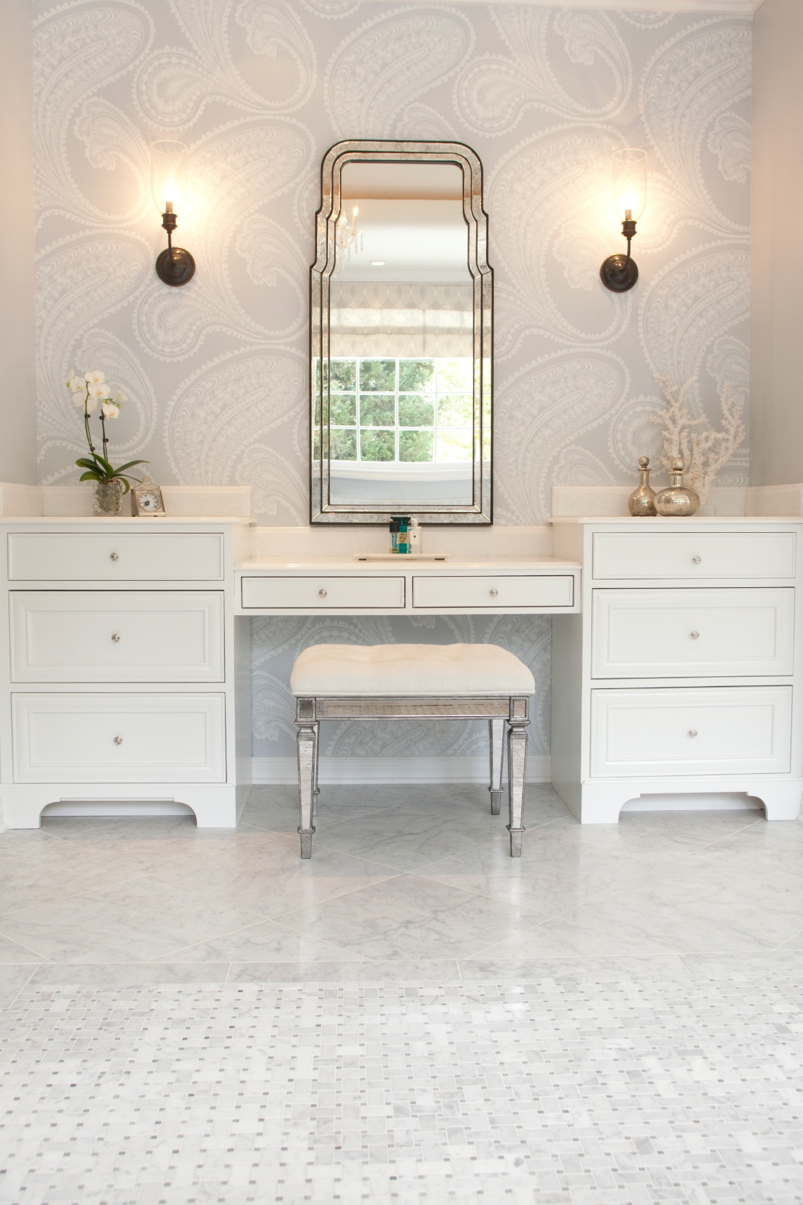 houseplay-wellesley-drive-master-bath-2.jpg
