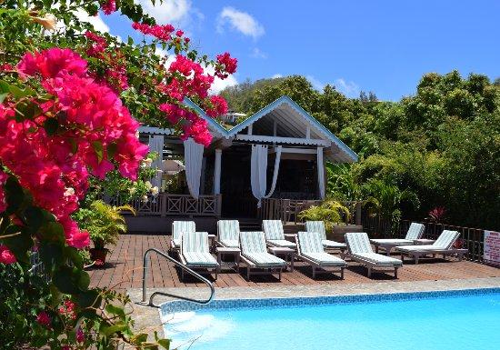 beautiful-pool-deck.jpg