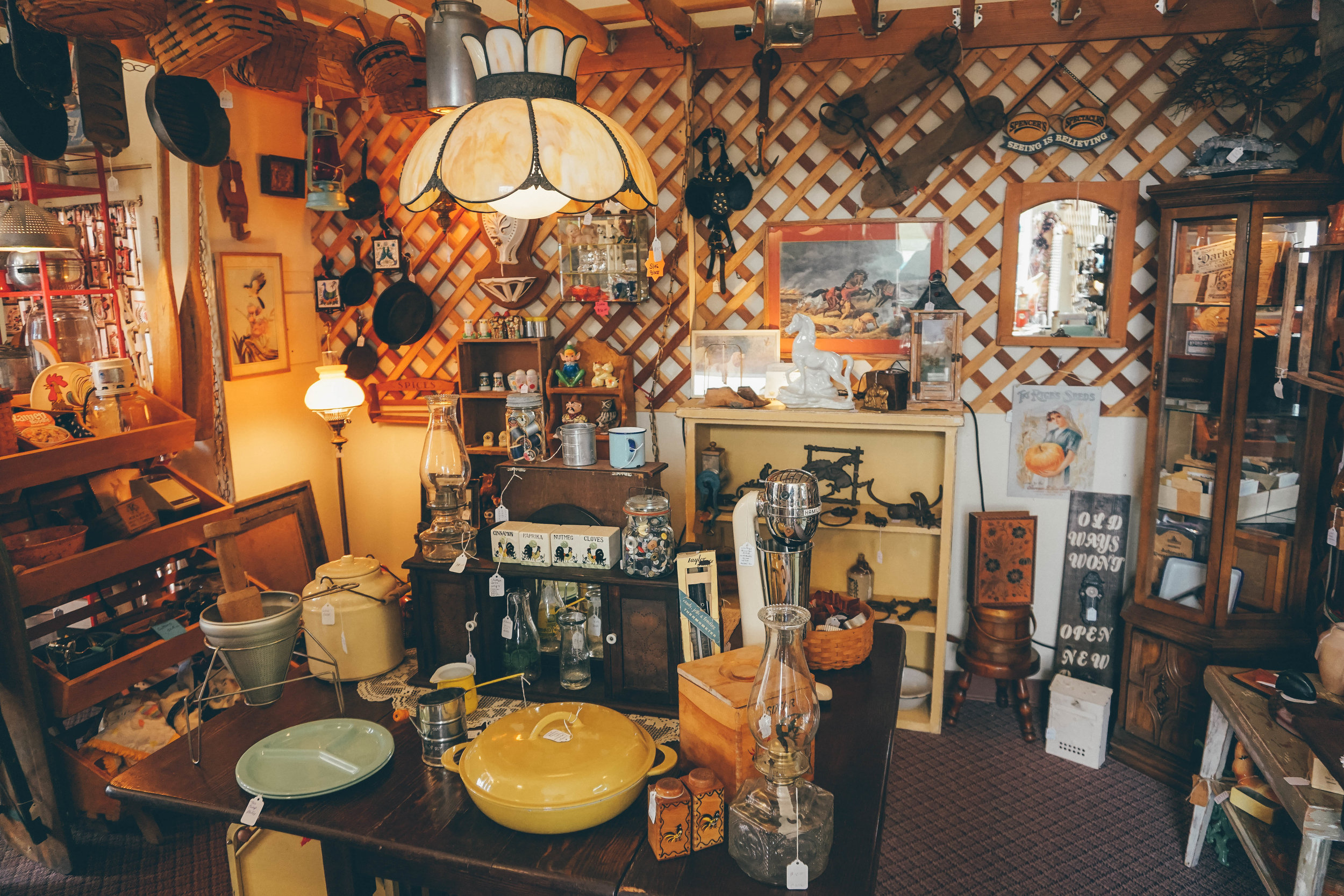 The Junk Jar: Antique Shopping