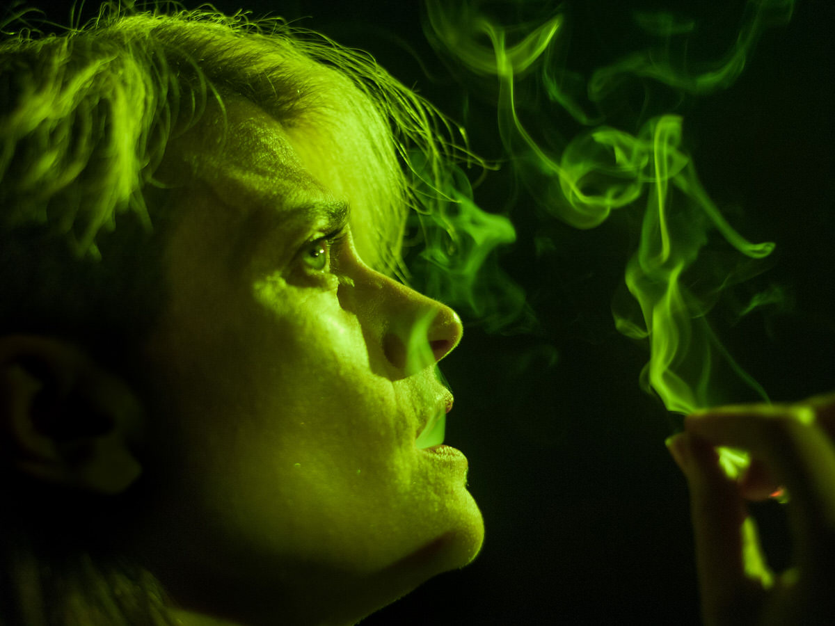 Holger Green smoke.jpg