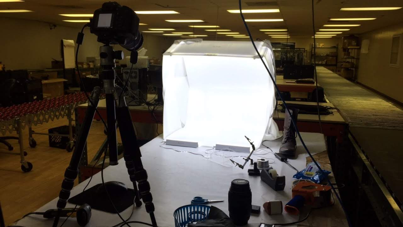 This is our shoe station. A nice light box that offers great even lighting