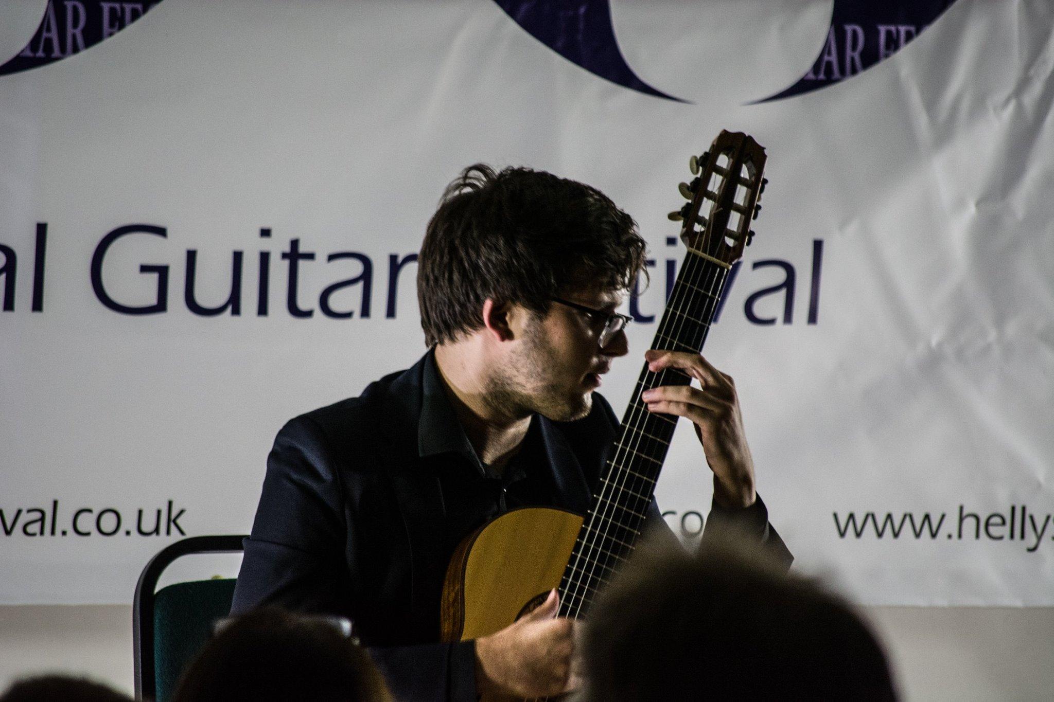 Radek Wieczorek in concert at Hellys Guitar Festival