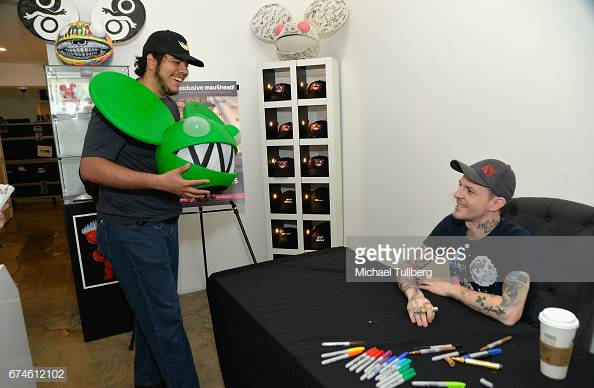 gettyimages-674612102-594x594.jpg
