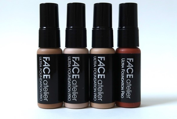 I have been getting a ton of questions recently about @faceatelier Ultra Foundation. I'm hoping this post will provide enough info to help if you are considering purchasing this for your kit. Swipe to see the range of foundations I carry depotted into 5ml dropper bottles from @qosmedix (part #74226) and swipe again for swatches. I have been using the Ultra Foundation in my kit for ever and for every kind of job I have ever been hired for. Here's what you need to know: ▪️FA is a Canadian, cruelty free brand 🇨🇦🐇 ▪️The Ultra Foundation is highly pigmented, buildable, and silicone based ▪️It is self setting, oil and fragrance free (great for sensitive skin) ▪️I use this foundation on all skin types (including mature skin) ▪️There are adjusters to help with shade depth/lightness and undertone. Here are the shades I carry in my kit. Remember these shades work for me based on my style of application, and my selection is based also on what other brands/shades I have in my kit: ▪️0.5 Pearl - Neutral, very fair complexion (no pink) ▪️1 Porcelain - Fair to light complexion, yellow undertone ▪️3 Wheat - Light complexion, yellow undertone ▪️6 Honey - Light/medium olive complexion, yellow undertone ▪️7 Tan - Medium olive complexion, golden undertone ▪️8 Caramel - Dark olive complexion, deep golden undertone ▪️9 Toffee - Medium to deep skin, red/brown undertones ▪️10 Cocoa - Deep skin, light caramel, yellow/green undertones ▪️12 Sable - Deep skin, rich brown, neutral undertones ▪️Blaze (adjuster) Yellow undertone ▪️Heat (adjuster) Orange/Red undertone Don't just blindly buy based on this list. You have to be smart about your investments, think about the skin tones you work on, what you already have in your kit, and what your style of application is. ▪️Foundations can be purchased directly from Face Atelier (pro discount of 40%) and other PRO MUA friendly retailers like @camerareadycosmetics - there is a list on the FA site ▪️I mix this foundation with RCMA all the time and the combo of the two is amazing ▪️Face Atelier and Camera Ready Cosmetics sell sample sizes of the foundation. This is a good idea if you aren't sure what to invest in #faceatelier