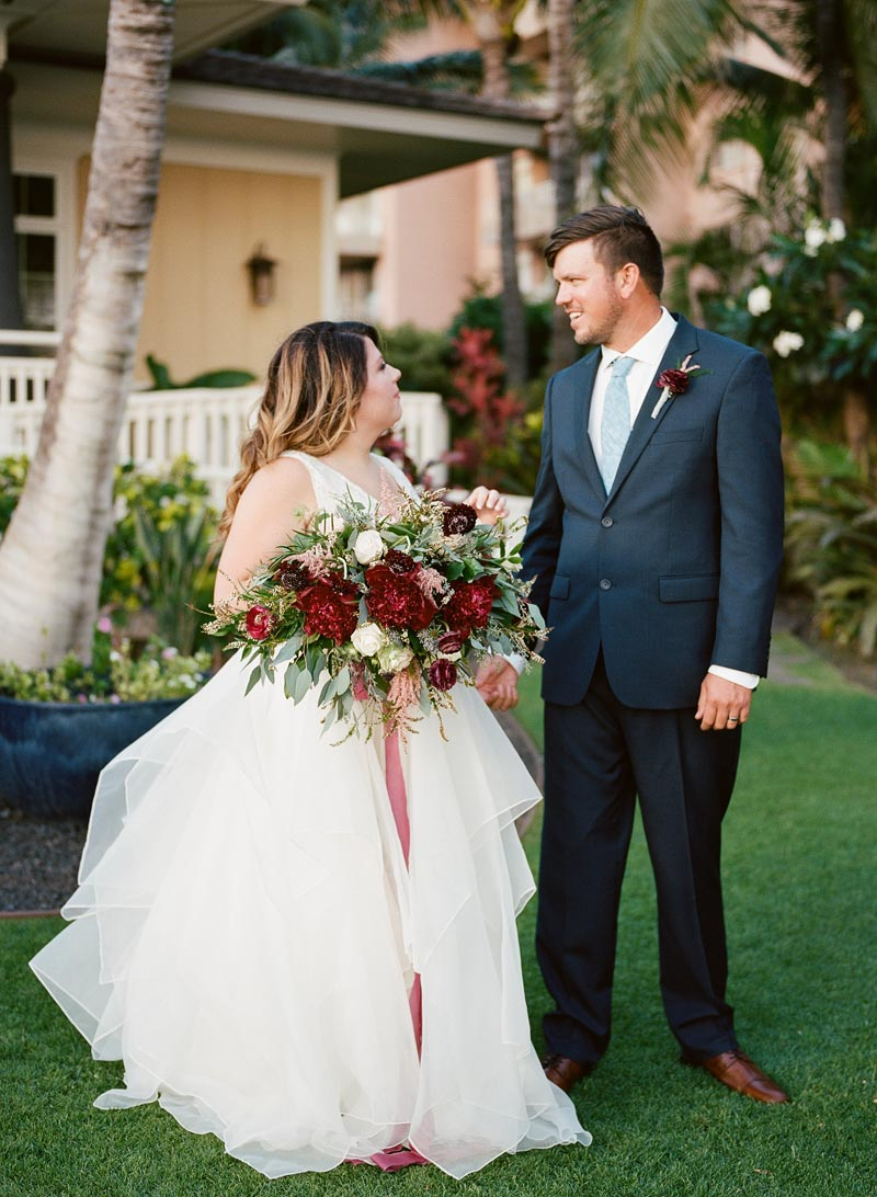 romantic-wedding-photos-destination-wedding-photographer-maui-hawaii-14.JPG