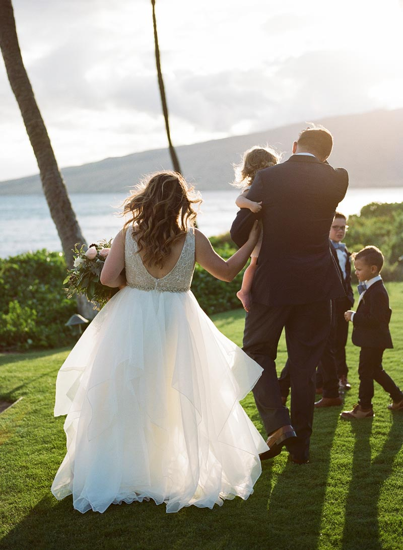 romantic-wedding-photos-destination-wedding-photographer-maui-hawaii-18.JPG