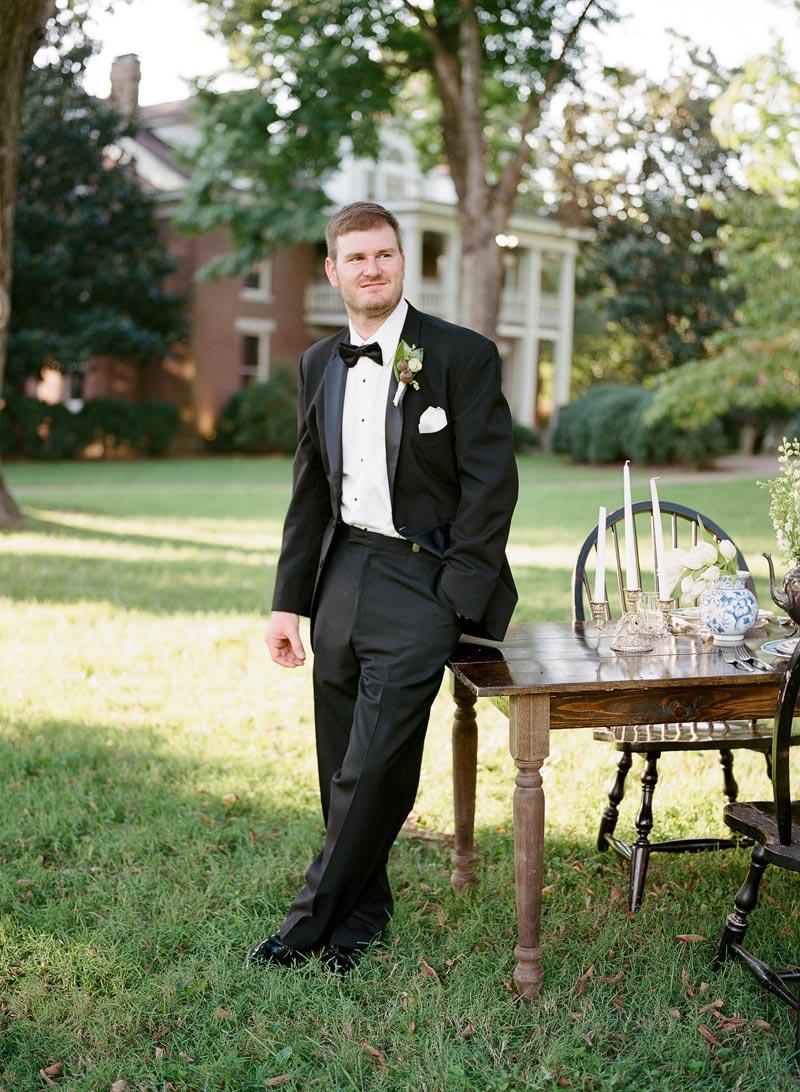 southern-colonial-wedding-inspirtaion-homestead-17.JPG