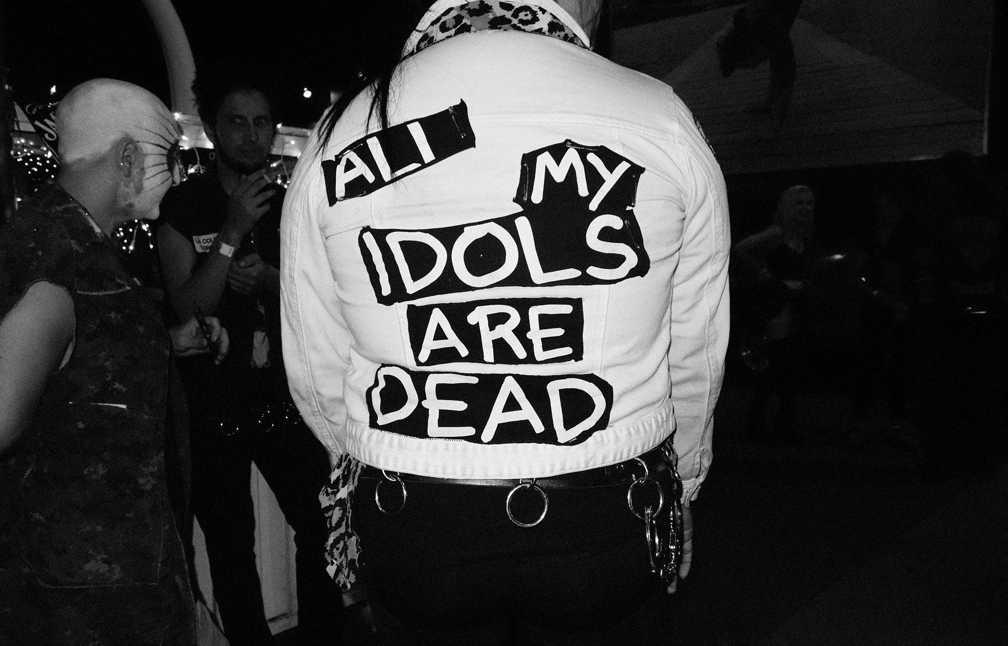 Dead Idols -