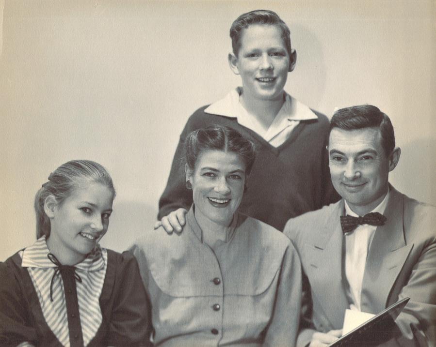 Tash, Ken & kids, Portland 50s