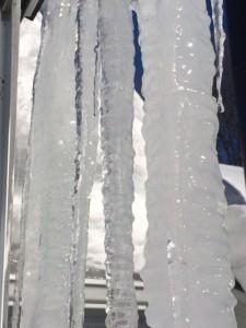 j4 big icicles